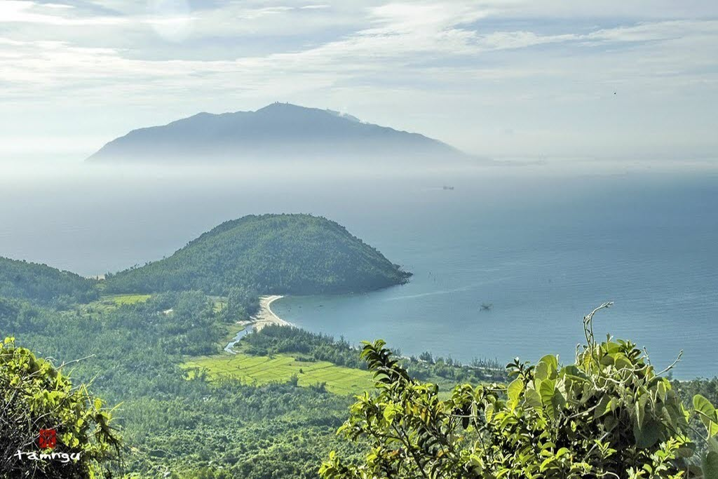 top-10-tourist-sites-in-Da-Nang-indanang-travel-guide
