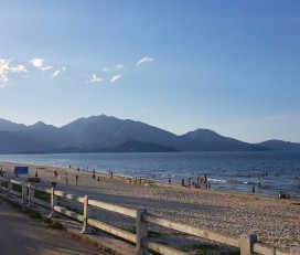 Xuan Thieu Beach